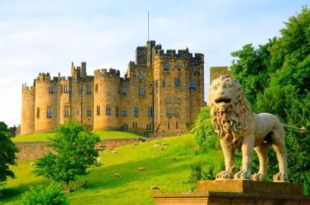 alnwick_castle_7_20111120_1898381899